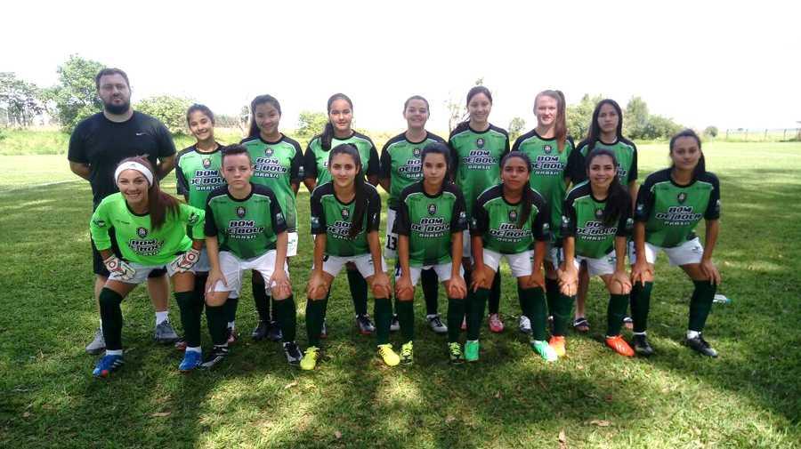 Seleção feminina representou São Mateus do Sul na disputa dos Jogos Bom de  Bola fase final e conquistam a quinta colocação diante times de todo o ... 2363c6f585431
